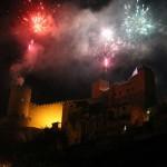 I fuochi della Civita. Spettacolo pirotecnico al castello - foto Di Vozzo M.