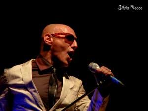 L'artista Giuliano Palma in concerto la sera del 22 luglio 2013 - foto Recco S.