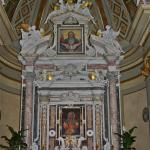 L'altare del Santuario - foto Meroli N.